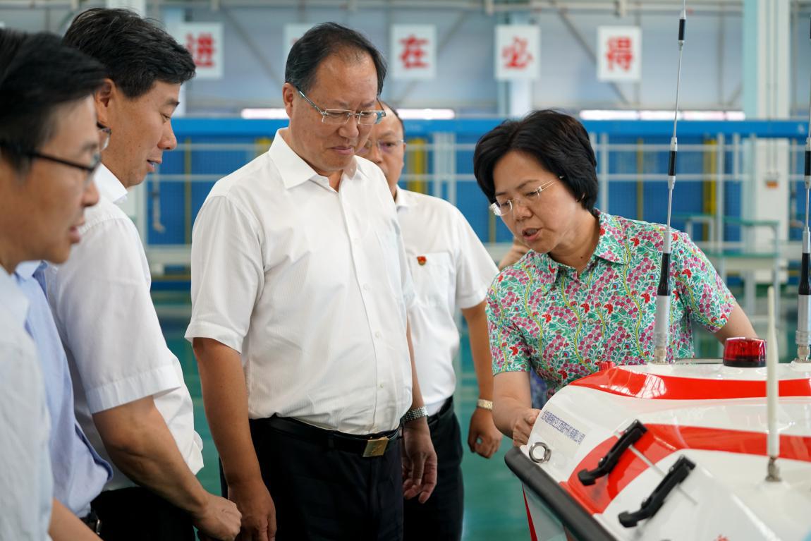 江西省省委常委、常务副省长毛伟明调研江西直升机公司
